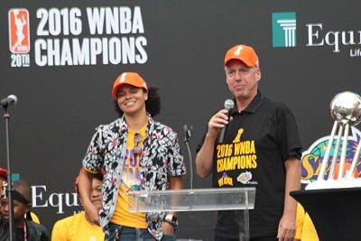Coach Brian Agler, with Kristi Toliver, had a few jokes to tell. Photo by Benita West/T.G.Sportstv1.