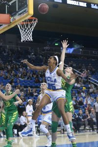 Monique Billings puts up two of her career-high 30 points on the day. Photo by Marvin Jimenez/TG SportsTV1.