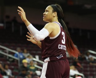 Chennedy Carter reacts to an official's call. Photo by Maria Noble/WomensHoopsWorld.
