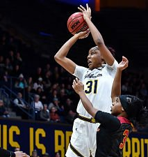 Kristine Anigwe scored 20 points for No. 21 Cal before fouling out in the fourth quarter against USC. Photo by KLC Photos.