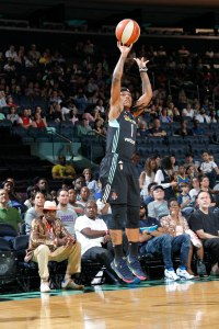 Shavonte Zellous pulls up for a shot. Photo by MSG Networks.