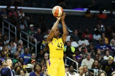 Jantel Lavender had a season-high 17 points against the Aces. Maria Noble/WomensHoopsWorld.