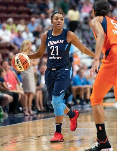 Uncasville, Connecticut/USA - July 17, 2018: Atlanta Dream guard Renee Montgomery (21) during a WNBA basketball game between the Atlanta Dream and the Connecticut Sun at Mohegan Sun Arena. The Atlanta Dream defeated the Connecticut Sun 86-83. Chris Poss Photo.