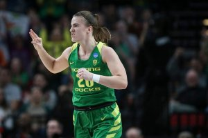 Sabrina Ionescu ignited in the fourth quarter for 14 points to lead Oregon past Mississippi State. Photo courtesy of Oregon Athletics.