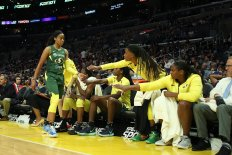 Jordin Canada comes out of the game. Maria Noble/WomensHoopsWorld