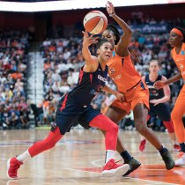 Washington Mystics guard Aerial Powers (23) loses the ball during Game 4 of the WNBA finals between the Washington Mystics and the Connecticut Sun at Mohegan Sun Arena, Uncasville, CT, USA on October 08, 2019. Photo Credit: Chris Poss