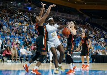 Michaela Onyenwere is double-teamed. Maria Noble/WomensHoopsWorld.