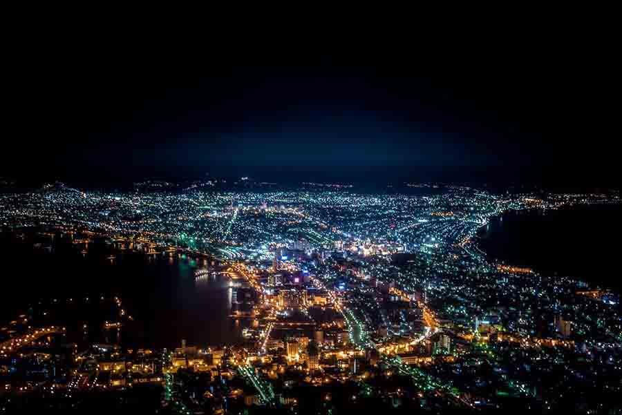 🇯🇵北海道> 函館山,夜🌃,很漆黑,但我不怕黑