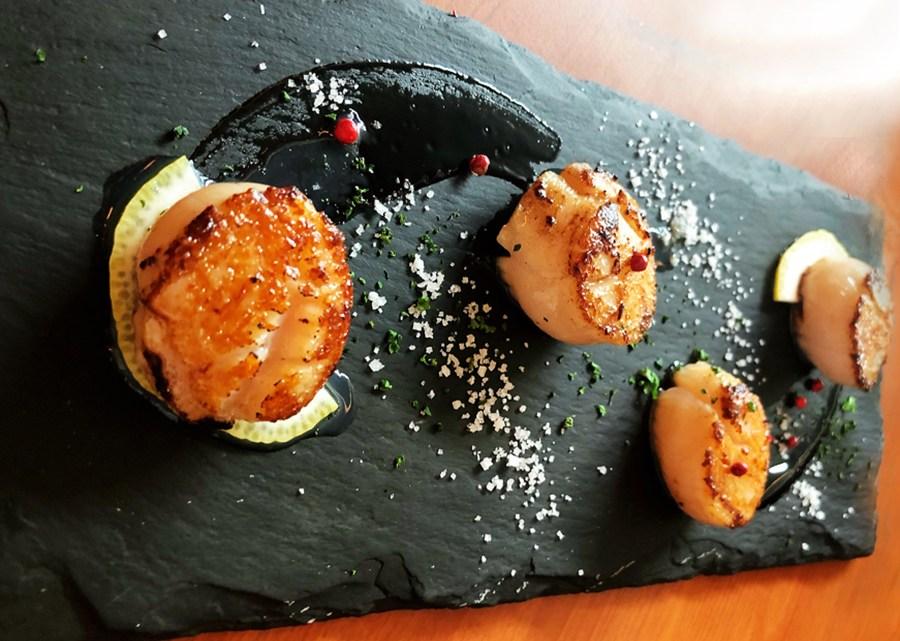 台中美食、龍蝦專賣店「Lady Lobster 龍蝦小姐」以龍蝦三明治起家,推薦龍蝦義大利麵、焗烤波士頓龍蝦