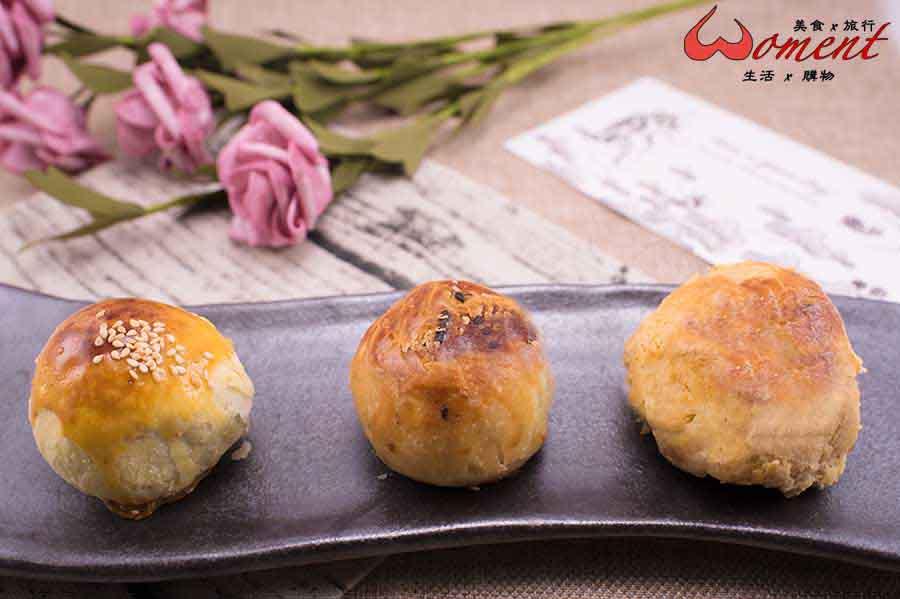 蛋黃酥評比!小潘v不二家v三美珍,魔鏡呀~魔鏡,哪款是世界上最好吃的蛋黃酥?