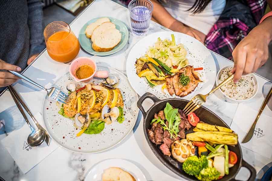 F&F 仁愛•輕概念食飲,返樸歸真的美食,砸重本的烹調設備,只為留住食材最原味