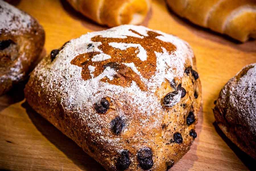 【淡水輕軌美食-和正農作】30年磨出的好手藝,替麵團注入味覺的靈魂,原來吃一口麵包,可以如此念念不忘。