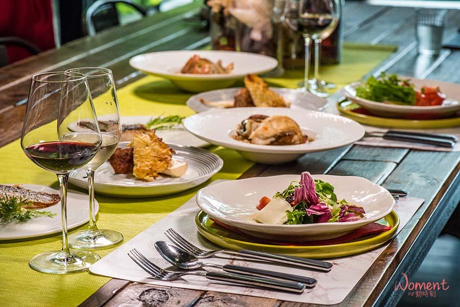 【淡水輕軌美食 DINING TABLE】極致專注的料理服務,打造最舒服的用餐體驗,讓來訪客人放鬆盡興,享受專屬私廚的細膩烹調,融合多國菜色與私藏餐酒,珍惜才能品嚐到的絕妙饗宴
