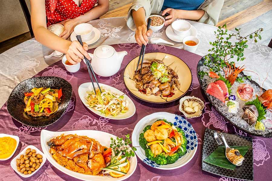 台北中餐廳推薦、中華料理「拾食樸」嚴選食材搭配畫龍點睛的料理手法,刻畫一道道以粵菜結合川菜、江浙菜等經典中菜