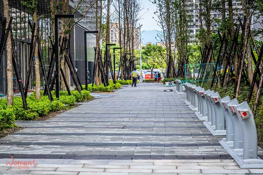 新莊宏匯廣場 - Ubike站點