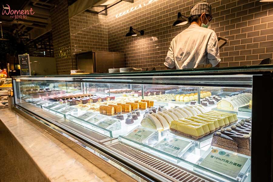 蔬食素食餐廳-吃到飽推薦果然匯 - 超多款精緻甜點櫃