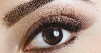 eyebrow_woman