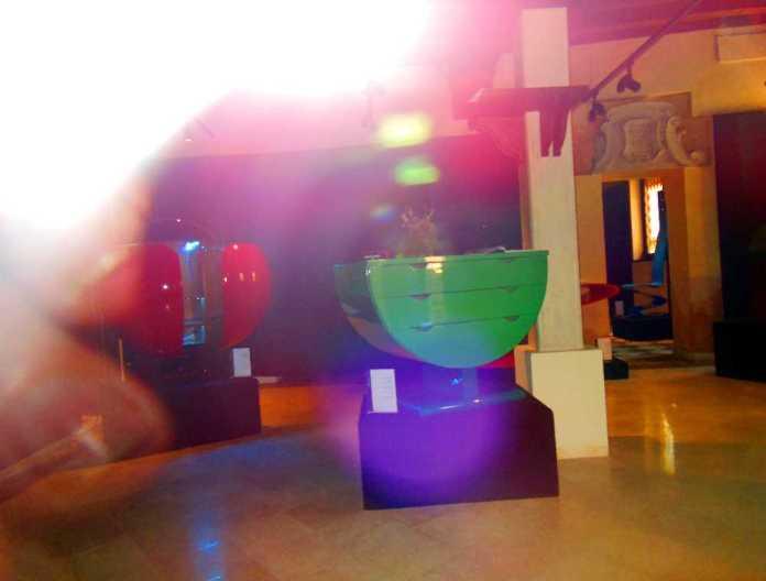 Venedig 20 Schaufenster Designer-Möbel