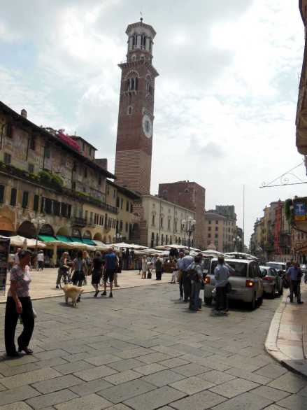 Verona9-4 - Piazza delle Erbe