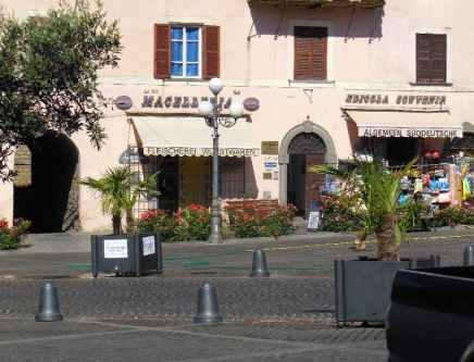 Bolsena 14 - Stadtrundgang Piazza Matteotti