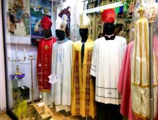 Rom - Vatikan 3 Priestermodeladen