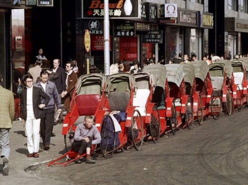 Rickshaws lined up for customers.