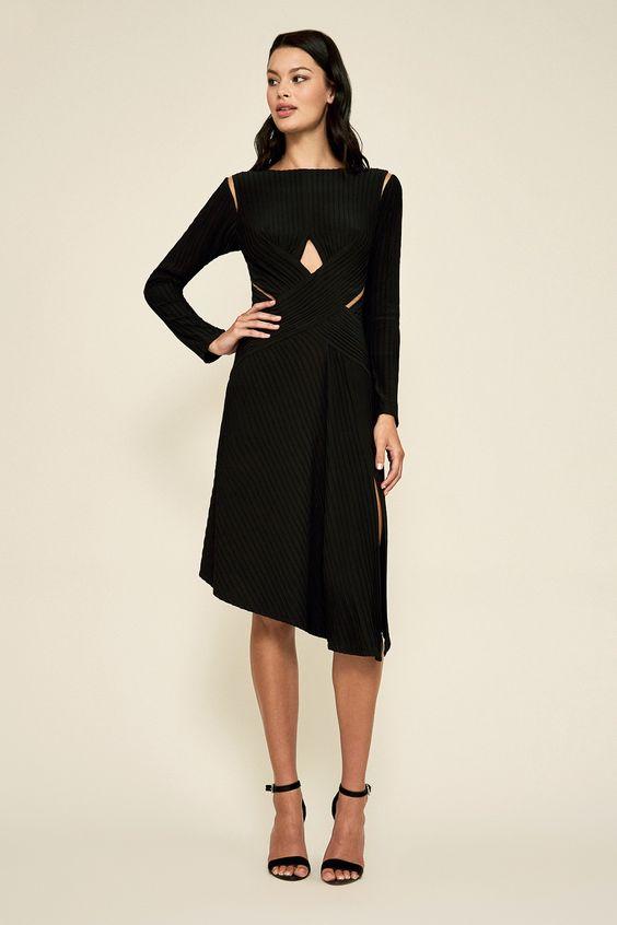 Tadashi Shoji - Wardrobe Essentials 101: The Little Black Dress | Wonder