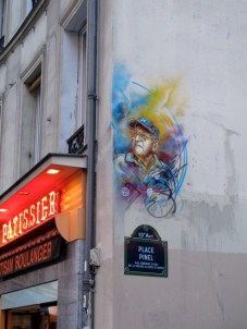 C215 Place Pinel
