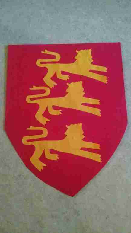 Bigger Hearts Unit 32 Coat of Arms