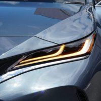 トヨタ【新型ハリアー2.0ガソリンモデル試乗レビュー】街乗り想像以上の軽快感!静粛性も上々!