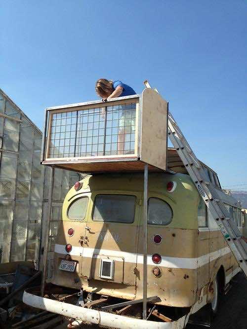 1948 Chevy Bus DIY home (5)