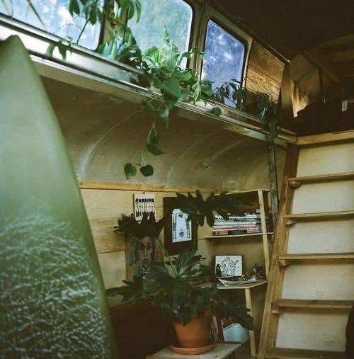 1948 Chevy Bus DIY home (9)