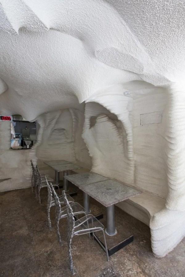 Salt Restaurant – Naturally Filtering Polluted Urban Air 3