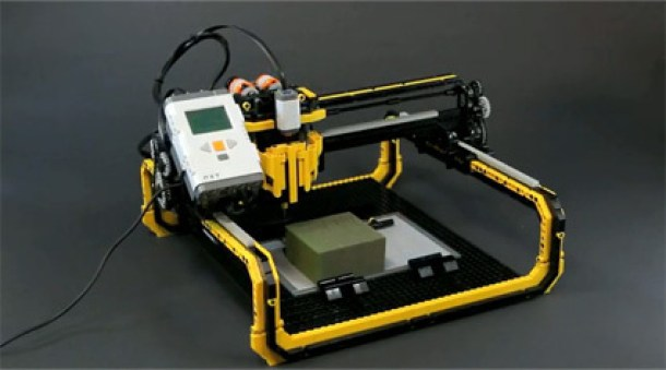 7 Wonderfully Engineered Gadgets Made Out Of LEGO 6