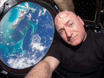 This Is What He Saw During A Year In Space
