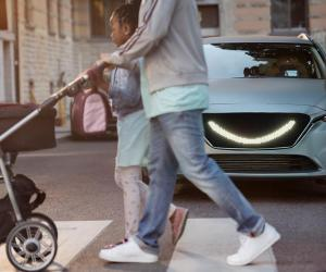 the-self-driving-car-designed-by-semcon-smiles-at-the-pedestrians-to-let-them-know-its-safe-to-cross_image-4