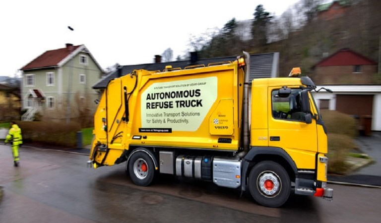 Volvo Tests Its Pioneering Self-Driving Garbage Truck And Its Amazing