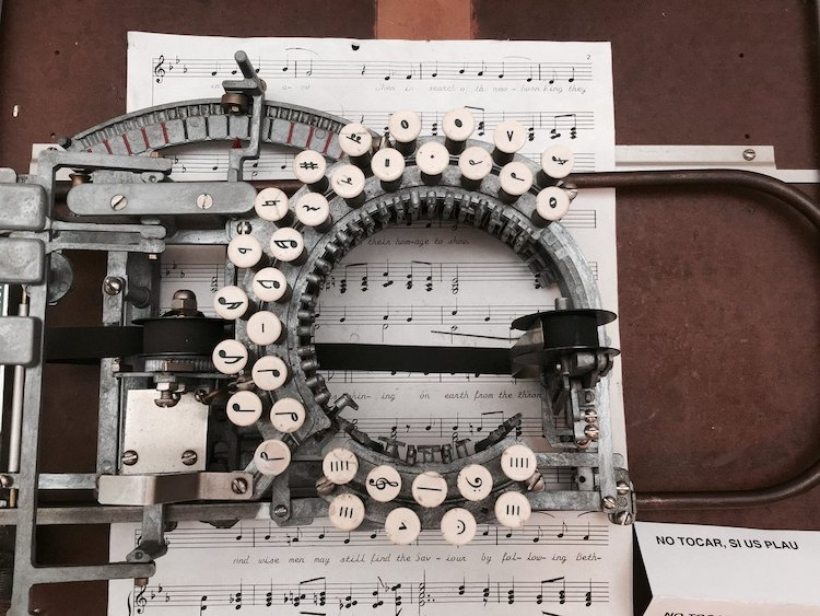 Keaton Music Typewriter From The 1950s Lets You Type Sheet Music