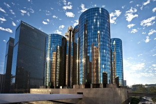 The LA Bonaventure Hotel, where John, Dawn and Sharon were held in protective custody right after the murders.