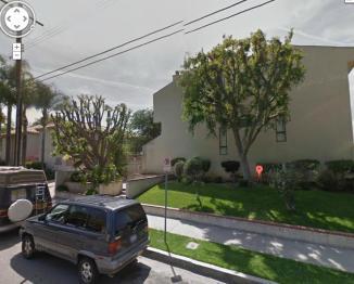 The condos where Eddie lives in Tarzana. Present day.