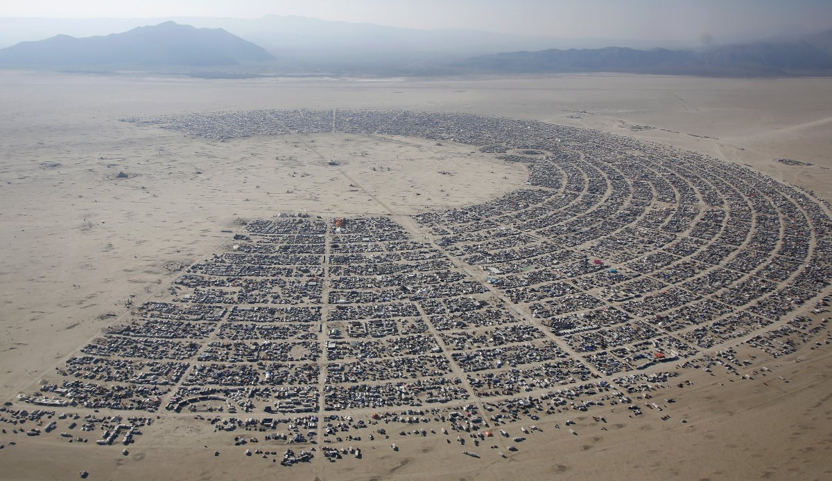 heres-what-an-aerial-view-of-burning-man-looks-like-the-structures-on-the-ground-are-all-organized-into-camps