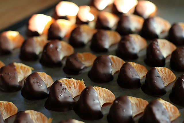 Dark chocolate dipped clementines with sea salt