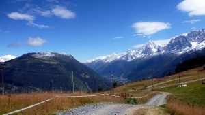 La vallée de Chamonix et la neige estivale