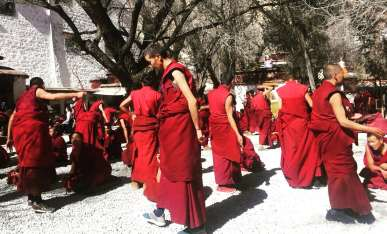 Monk's debates at Sera monastery