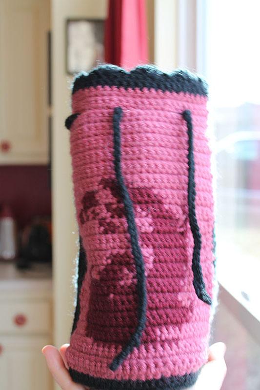 Crochet Saturday: A Magic the Gathering Dice Bag ...