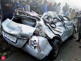 road accident: 400 deaths a day are forcing India to take car safety  seriously - The Economic Times