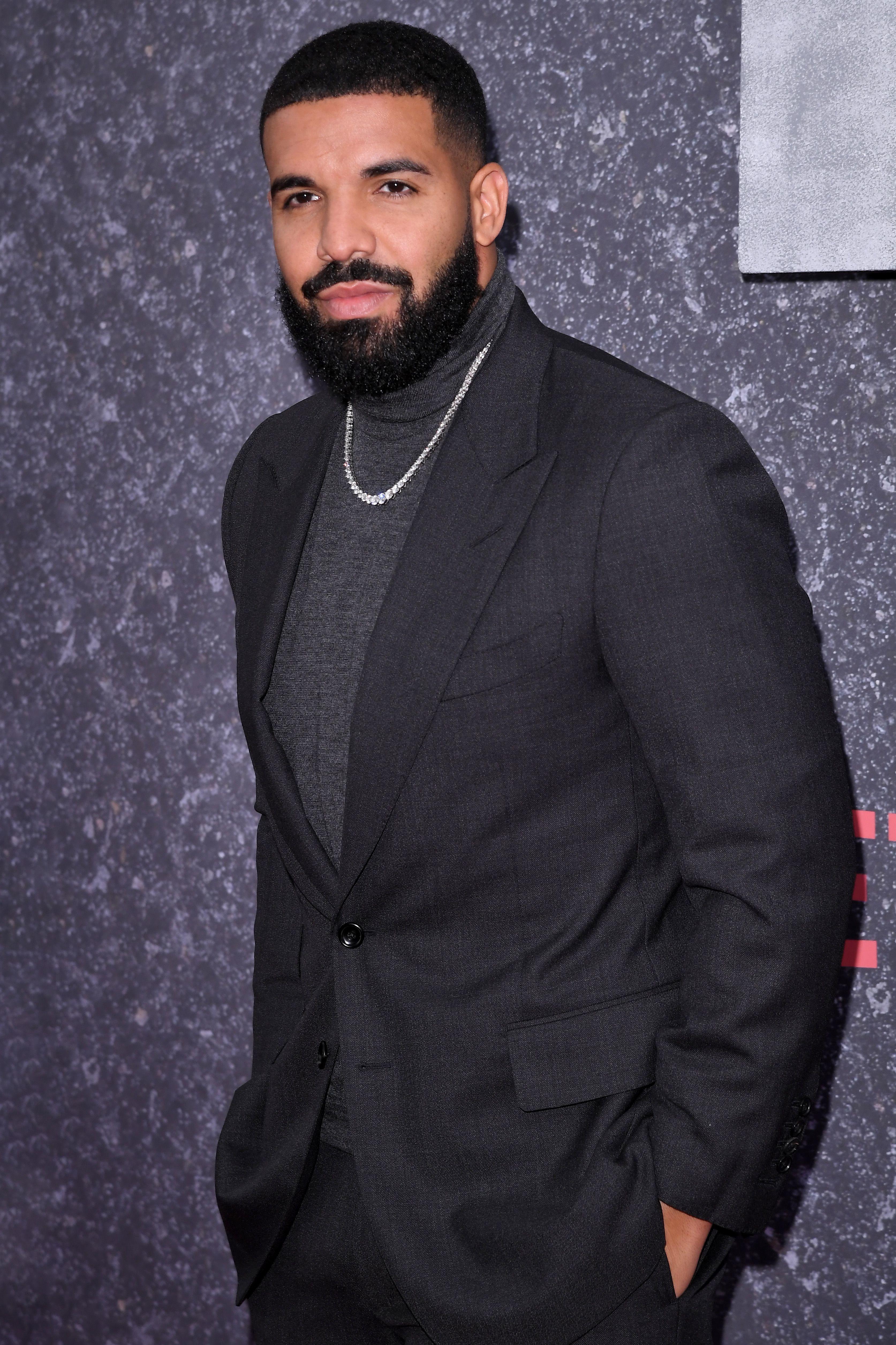 Like Im Supposed To Drake : supposed, drake, Drake, Unveils, 50,000-square-foot, House,, Stars, Nothing, Gallery, Wonderwall.com