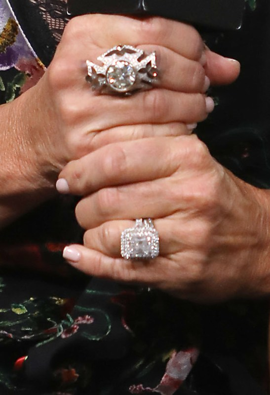 Melissa Gorga Wedding Ring : melissa, gorga, wedding, Housewives', Stars', Engagement, Rings, Revealed, Gallery, Wonderwall.com