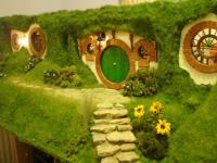 hobbit house outside - Tagged on - The Wondrous Pics