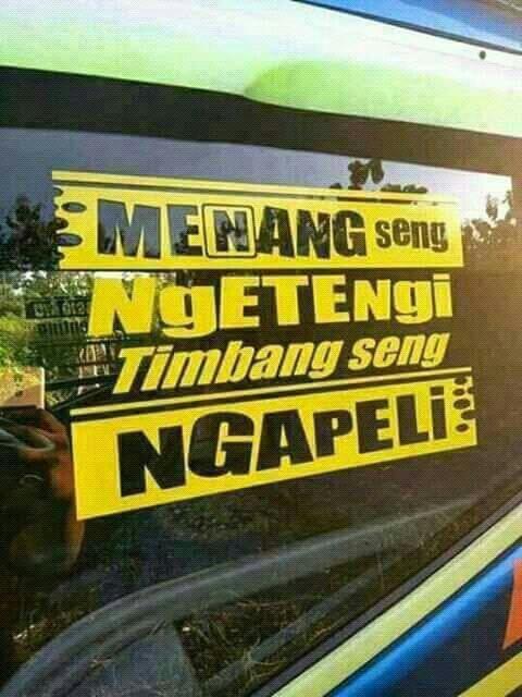 Kumpulan meme jendela samping truk lucu tapi penuh pesan